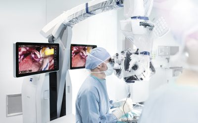 Doctors Hospital installs the first Kinevo 900 microscope in Mexico.